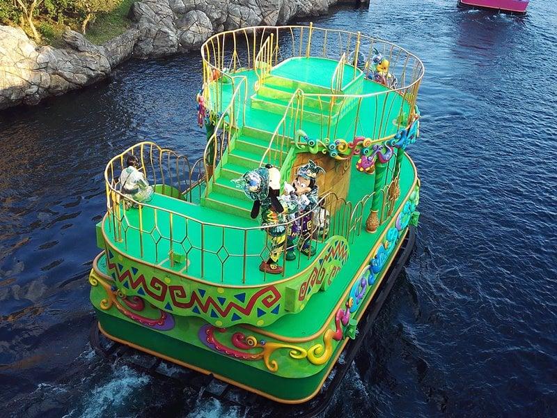 ファショナブル・イースター緑船